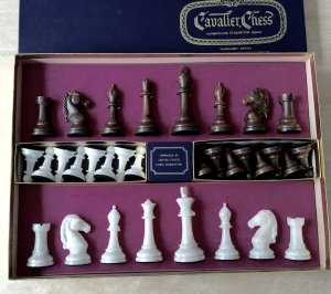 Cavalier Tournament Edition Alabaster Chessmen, Presentation Box