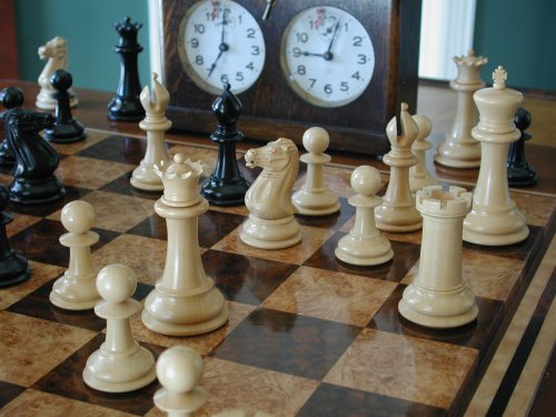 Jaques Club Size Chessmen
