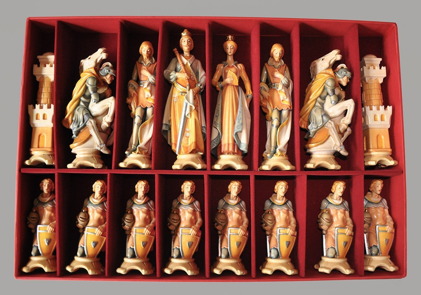 Marvelous Gardena Art Pyrenees Chessmen