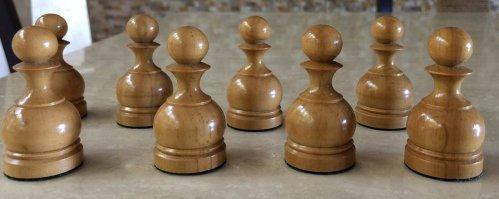Franco Staunton Chessmen