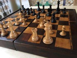 Antique Type 1 Staunton Chess Pieces