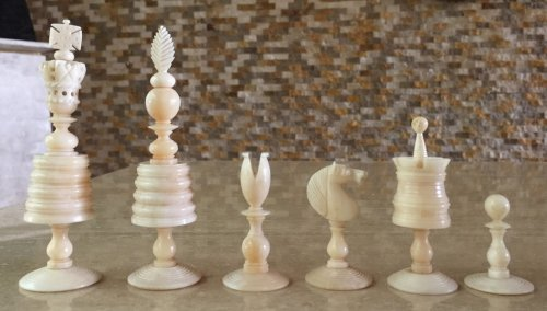English Barleycorn Open Crown Chessmen