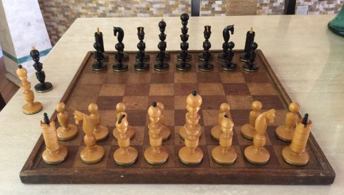Biedermeier Reproduction Chessmen