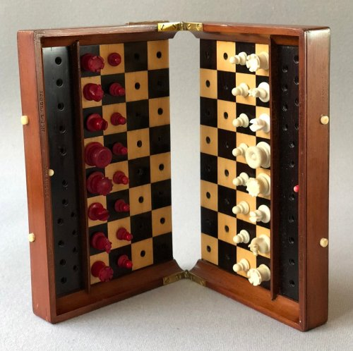 Jaques Status Quo Travel Chess Set, Type II
