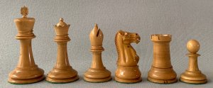 Early Jaques Hartston Chessmen, Small Club Size