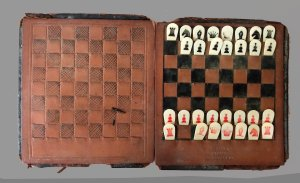 Worn Catlin's Pocket Chess Set for Spares