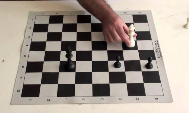 Chess Tutorial #14 King vs 2 Pawn Triangle Position
