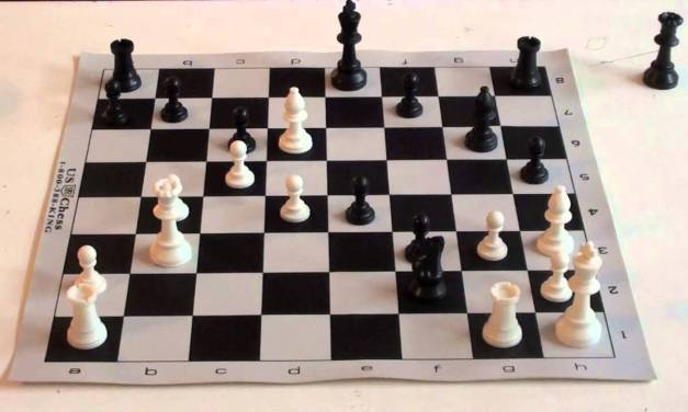 Chess Tutorial #15 Semi Smothered Mate