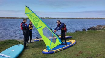 ANGLESEY ,NORTH WALES ,BALA,CHESHIRE WINDSURF LESSONS