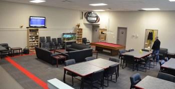 Interrior common room affordable senior housing winnipeg