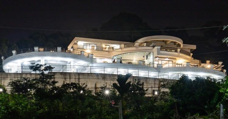 眺高,離台中市區超近的美麗景觀餐廳,輕鬆環視將近270°的萬家燈火