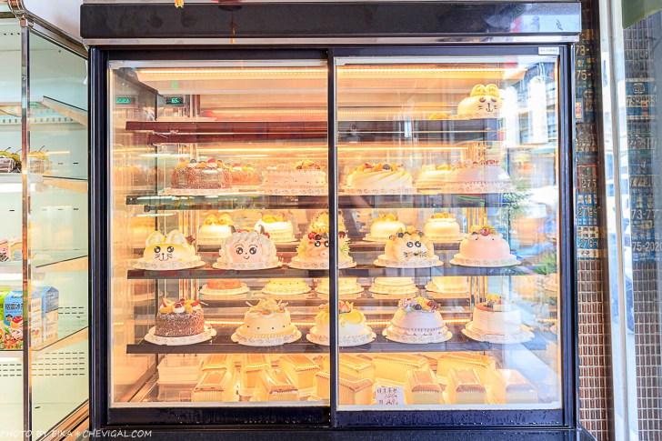 20200914112332 43 - 熱血採訪│超懷念!台中超過30年古早味麵包店,通通只要銅板價,還有少見抹茶蛋黃酥!