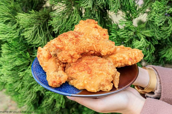 20210227205451 69 - 據說是被麵包耽誤的炸雞店!炸雞肉質水嫩好吃,下午開賣人潮幾乎不間斷~