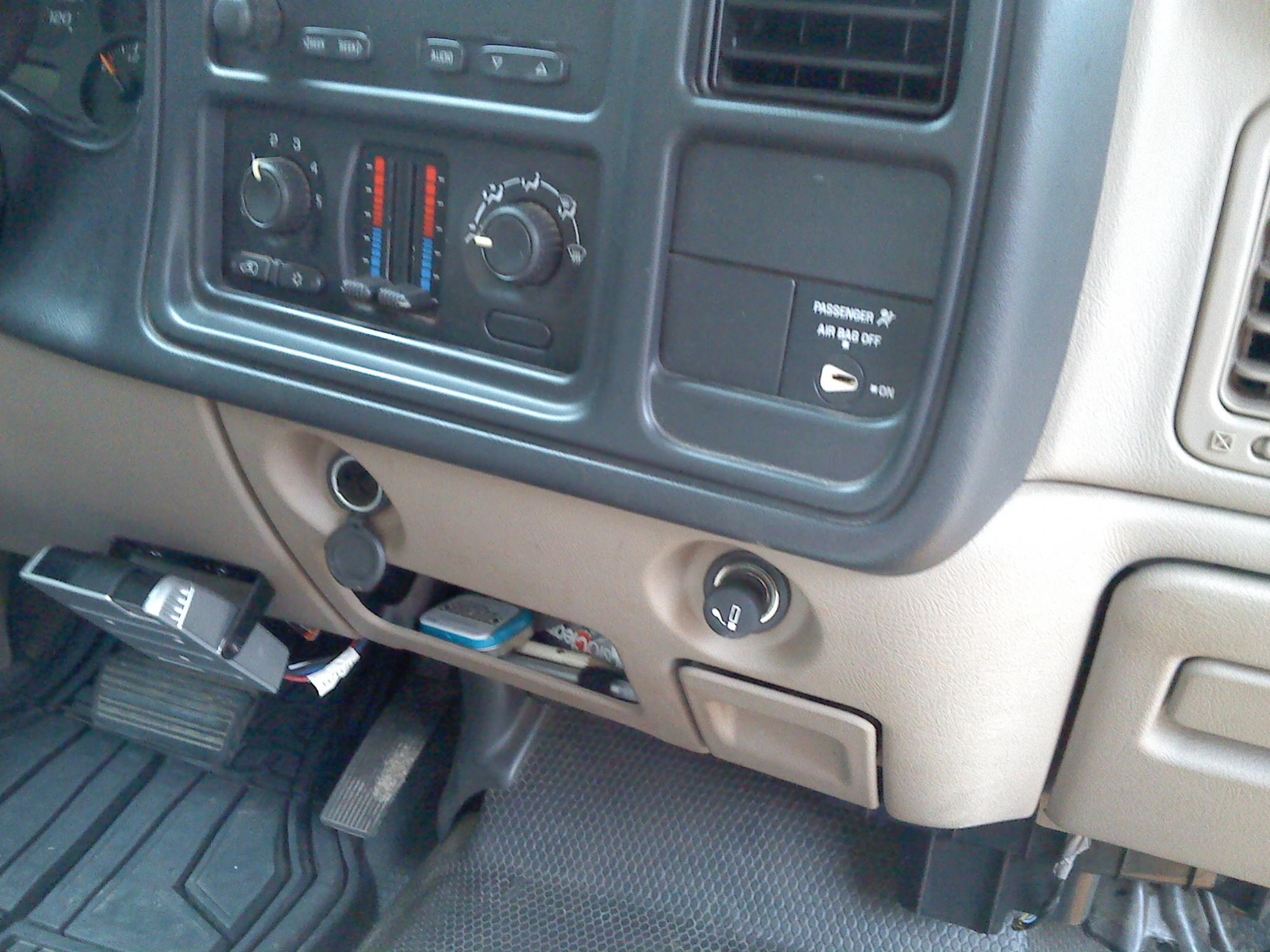 2004 Chevy Silverado Fuse Box