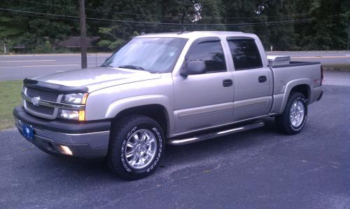 small resolution of 2005 silverado z71 crew cab 285 65 18 silverado wheels 1