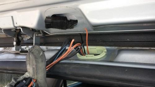 small resolution of 2007 trailblazer liftgate rear hatch ajar problem boot1 jpg