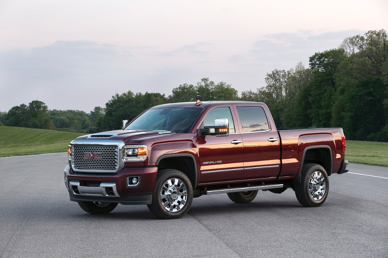 What numbers is the 2017 gmc sierra denali 2500hd packing under its what numbers is the 2017 gmc sierra denali 2500hd packing under its giant hood publicscrutiny Choice Image