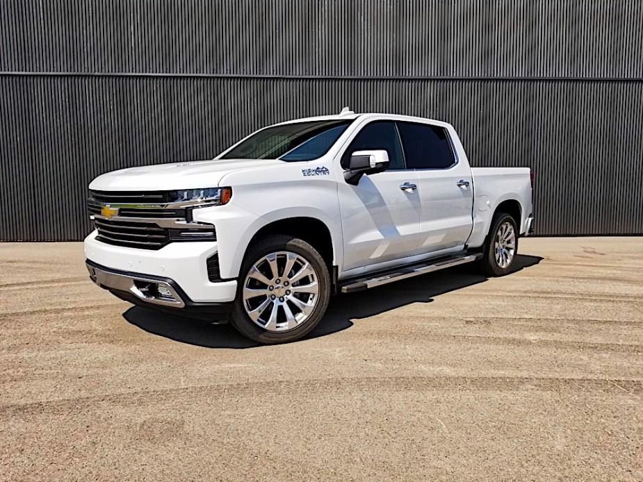2019-Chevrolet-Silverado-Jackson-Hole-Wyoming_37