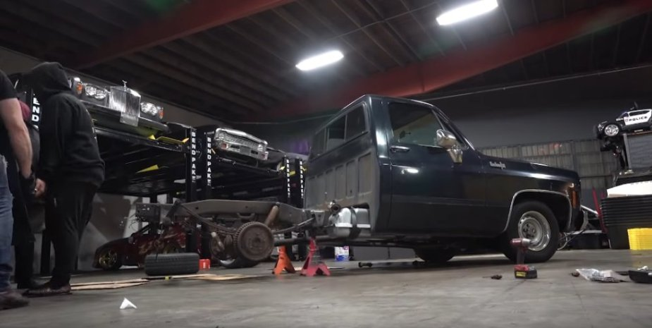 Chevy C10 Bed Off