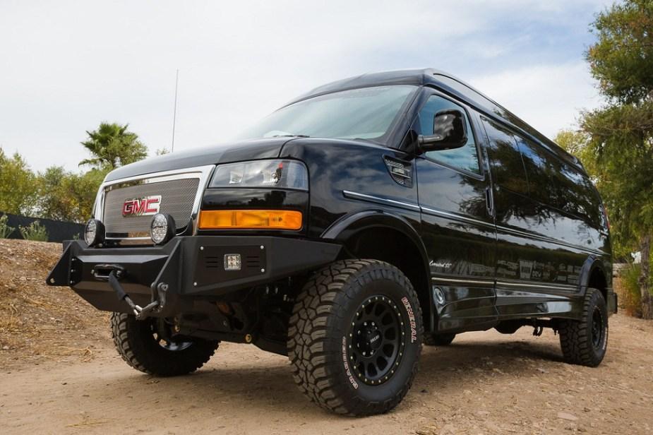Chevrolet Forum vans