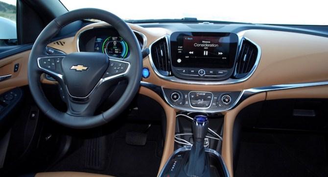 2020 Chevy Volt Interior