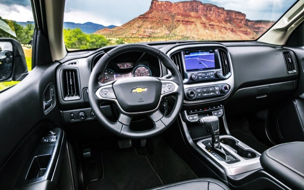 2022 Chevy Colorado Z71 Interior