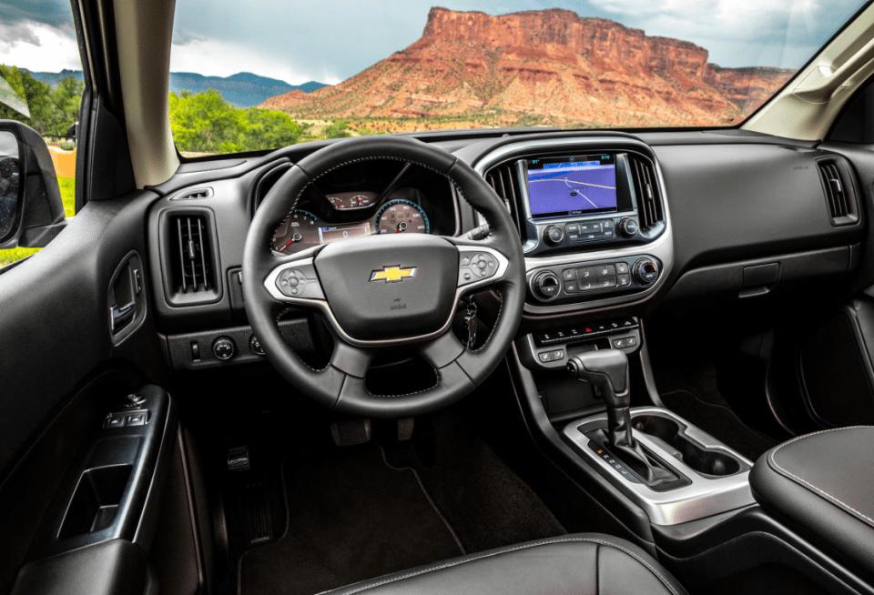 2022 Chevy Colorado LT Interior