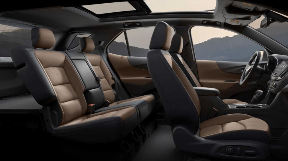 2022 Chevy Equinox 2fl Interior