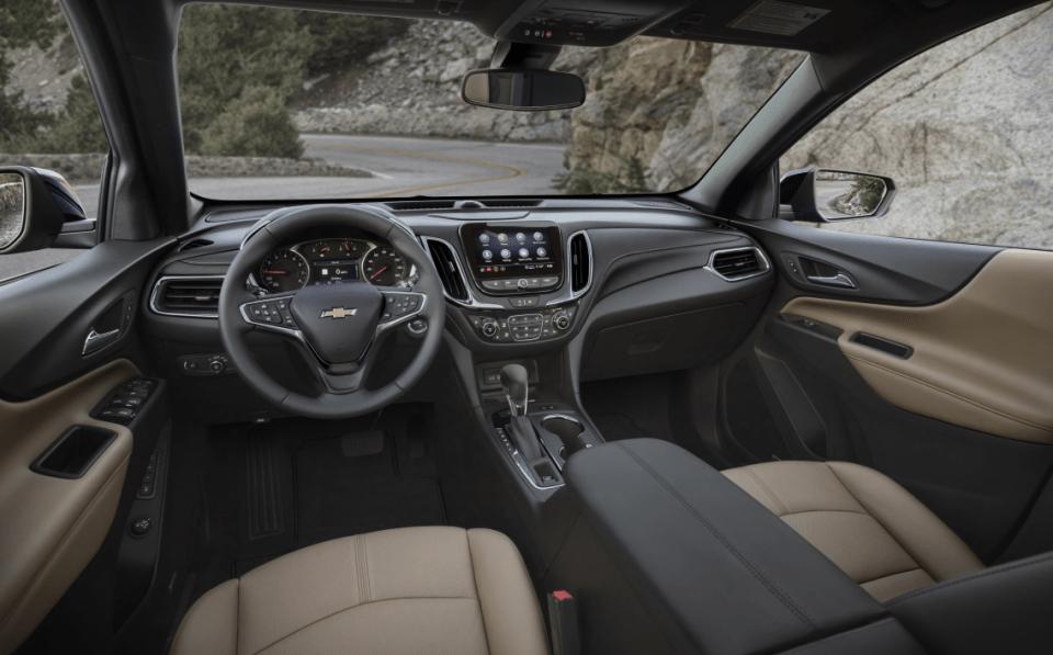 2022 Chevy Equinox SUV Interior
