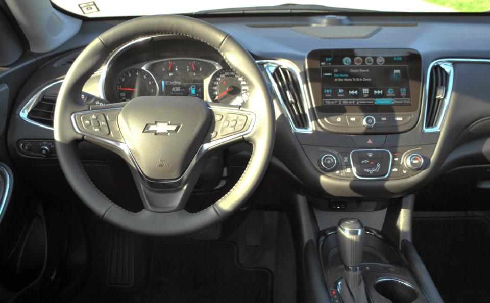2022 Chevy Malibu Interior