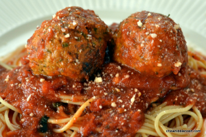 Easy Slow Cooker Pesto Meatballs - Chew Nibble Nosh