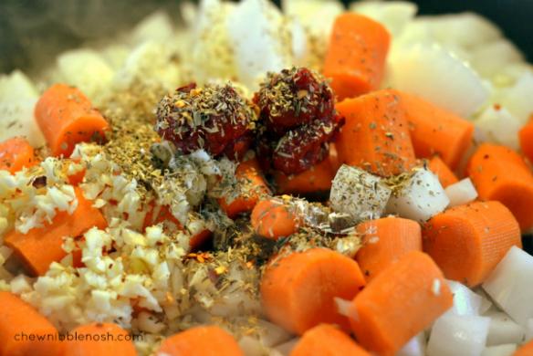 Slow Cooker Italian-Style Pot Roast - Chew Nibble Nosh 2