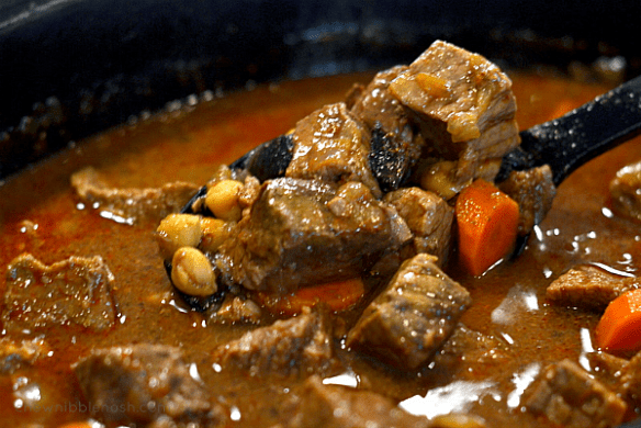 Slow Cooker Moroccan-Spiced Beef Stew - Chew Nibble Nosh 5