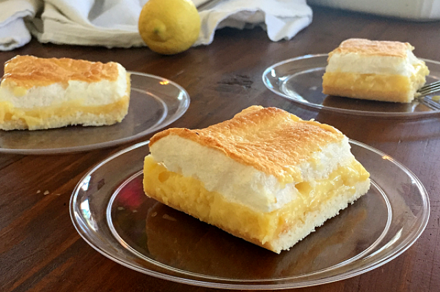 Paleo Lemon Meringue Bars