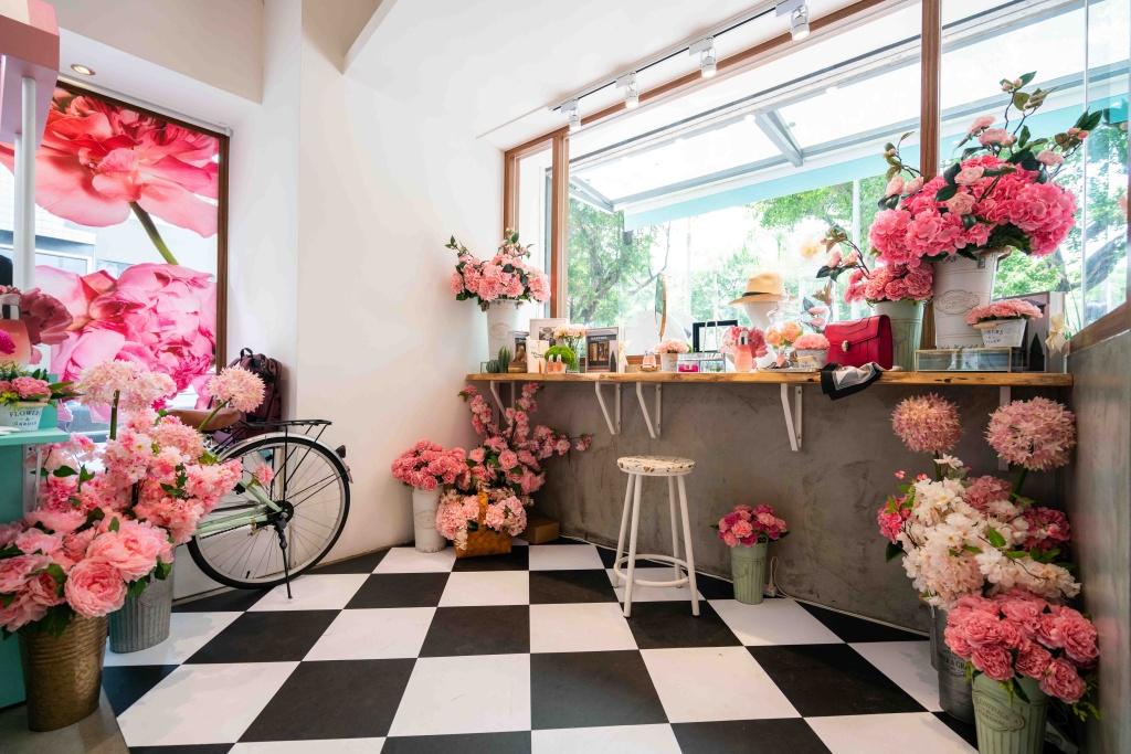 粉紅時髦家居空景照