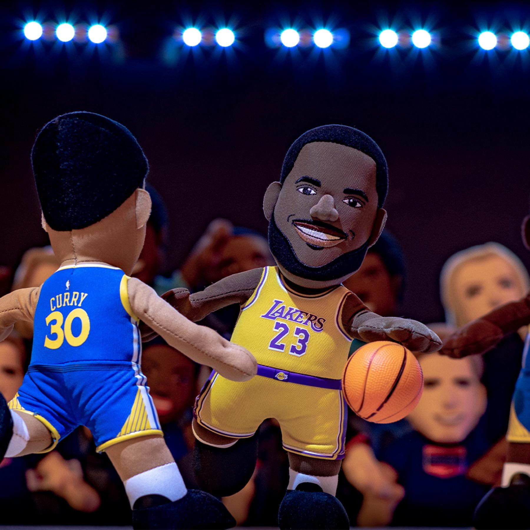 NBA聯盟最受歡迎的兩位巨星Stephen Curry和LeBron James
