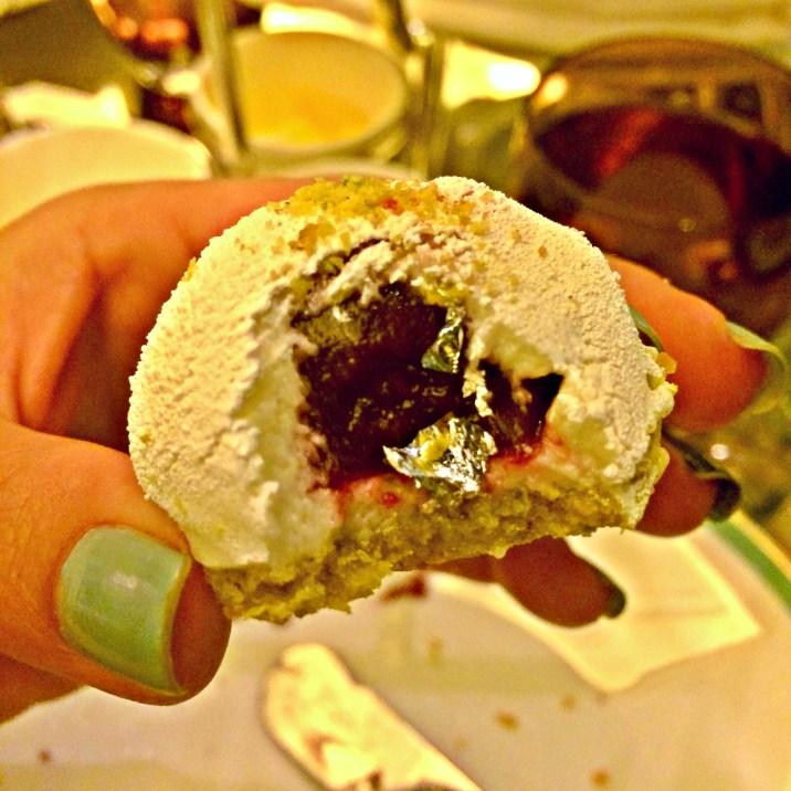 [White Chocolate Cherry Dome]