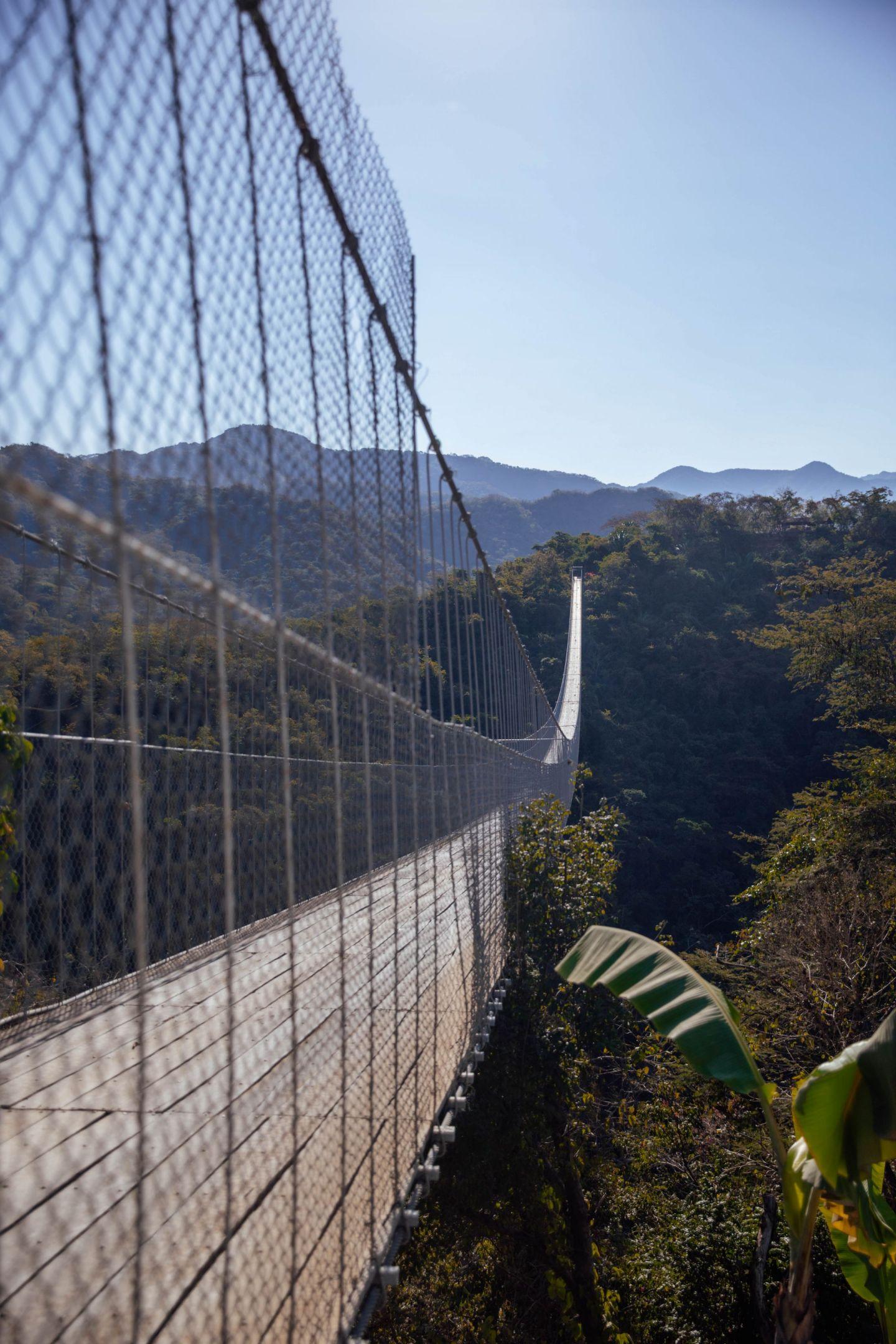 Jorullo Bridge & Hiking Tour