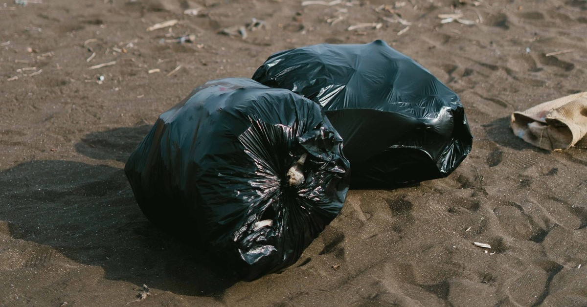 trash removal cheyenne www.cheyennehauling.com