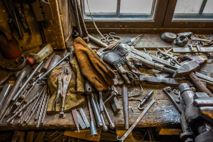 what to do with old tools www.cheyennehauling.com