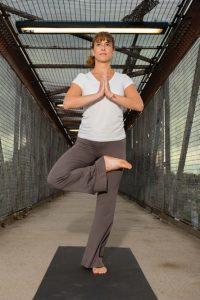 Balancing posture in half lotus