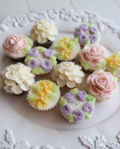 カップケーキレッスン, お花絞り, バタークリーム, 手作り, カップケーキ作り