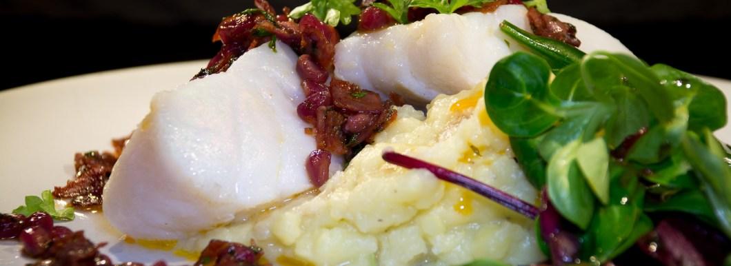 Ovnsbakt skrei med chorizo og potetpuré