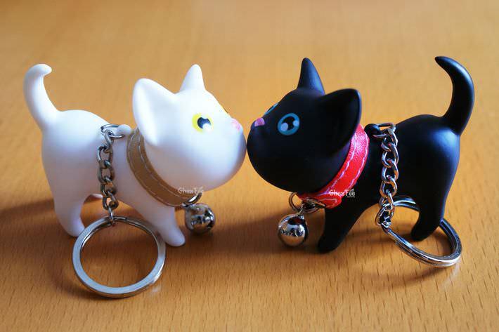 accessoire-sac-porte-cle-chat-noir-blanc-kawaii-chezfee