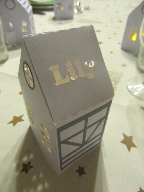 maison lanterne table de Noël