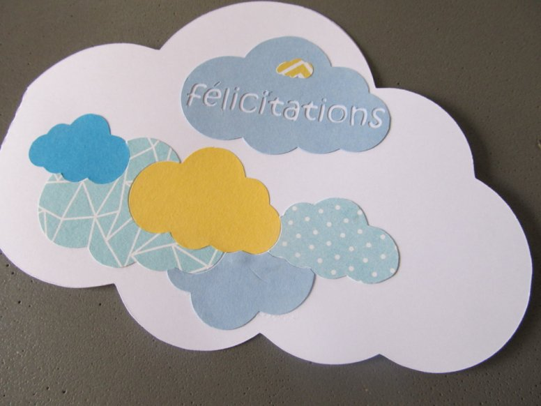 carte de félicitations nuage bleu et jaune (1)