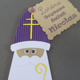 Saint Nicolas en papier