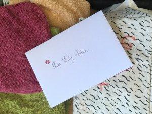 lettre dans la valise