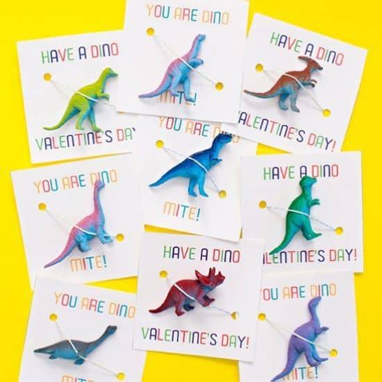 cartes saint valentin dinosaure - 14 DIY pour une Saint-Valentin réussie