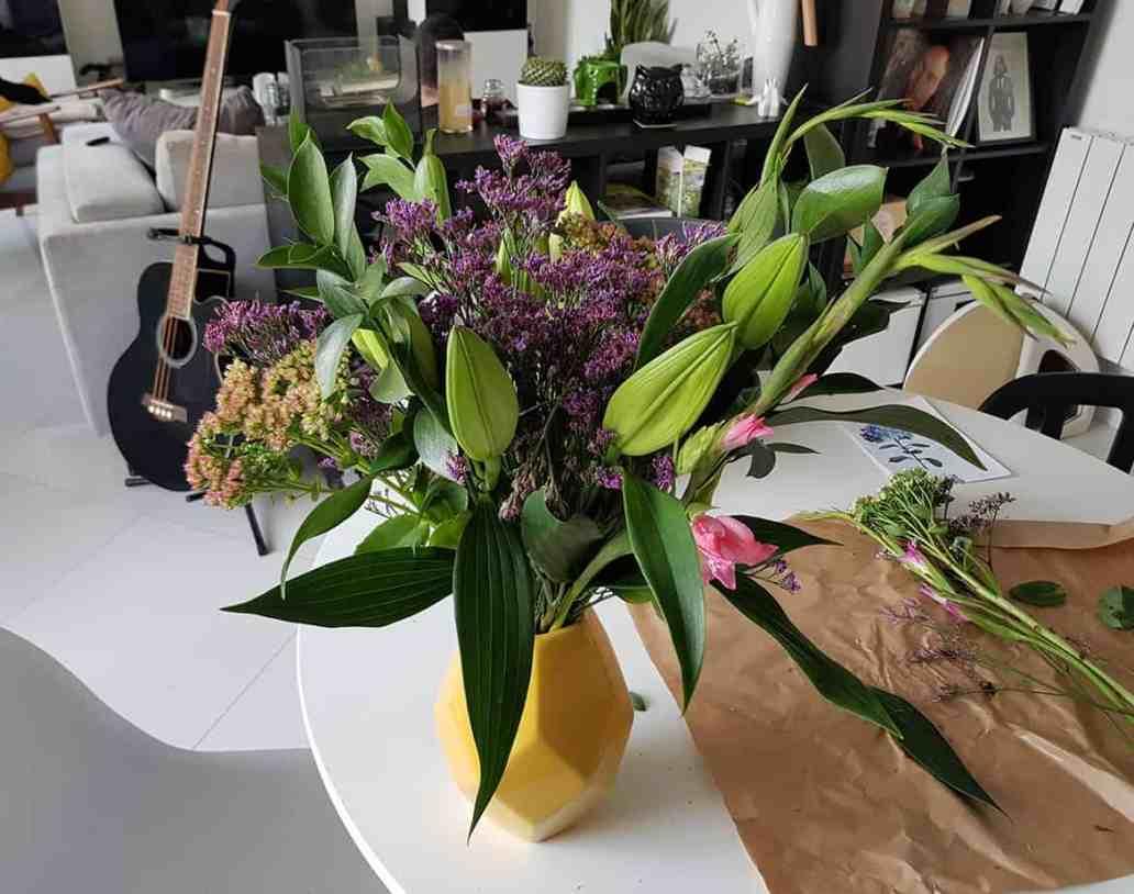 composition florale bloom s - Bloom's, une box de fleurs remplie de charme